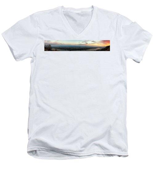 Winona Sunrise Panorama Men's V-Neck T-Shirt