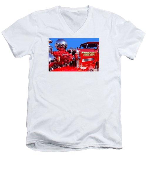 1949 Ahrens Fox Piston Pumper Fire Truck Men's V-Neck T-Shirt