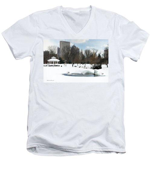 D48l3 Goodale Park Photo Men's V-Neck T-Shirt