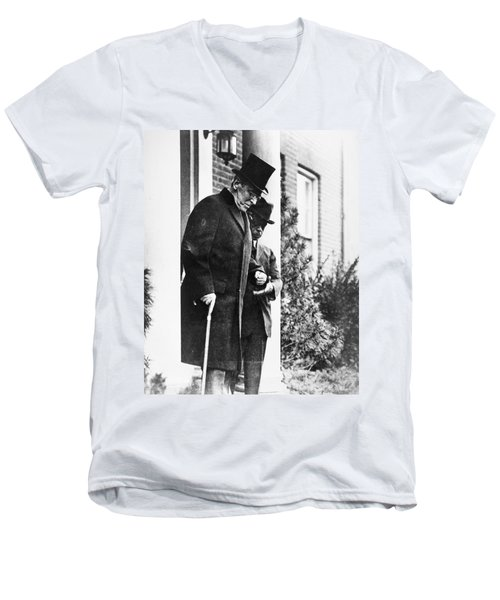 Men's V-Neck T-Shirt featuring the photograph Woodrow Wilson (1856-1924) by Granger