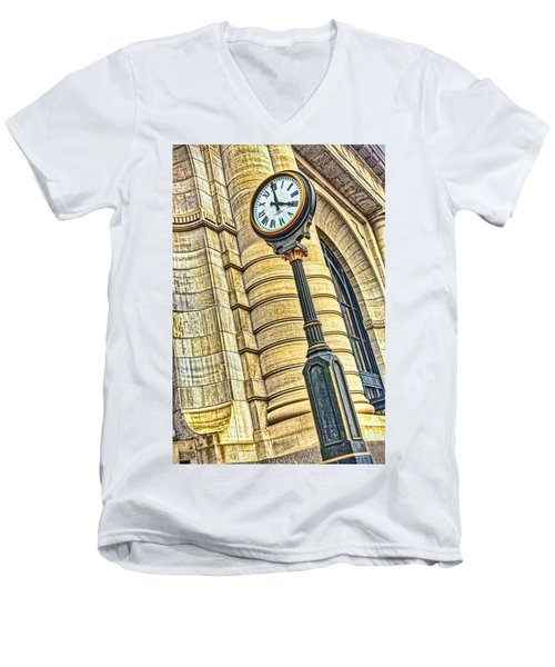 4 O'clock Train Men's V-Neck T-Shirt