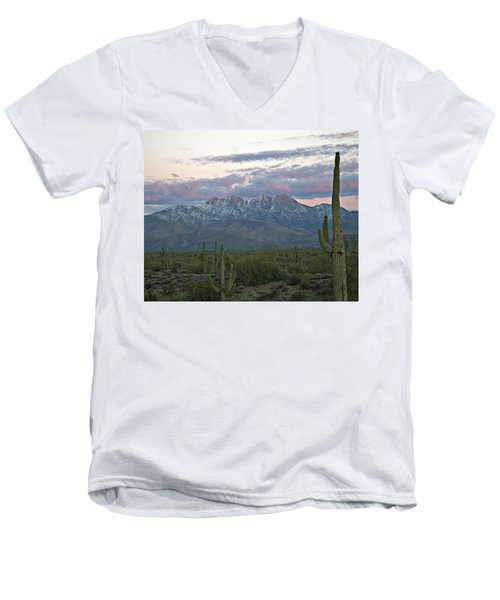 Four Peaks Sunset Snow Men's V-Neck T-Shirt