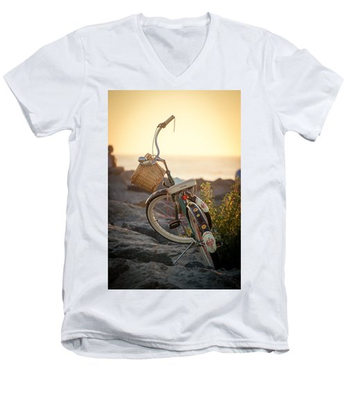 A Bike And Chi Men's V-Neck T-Shirt