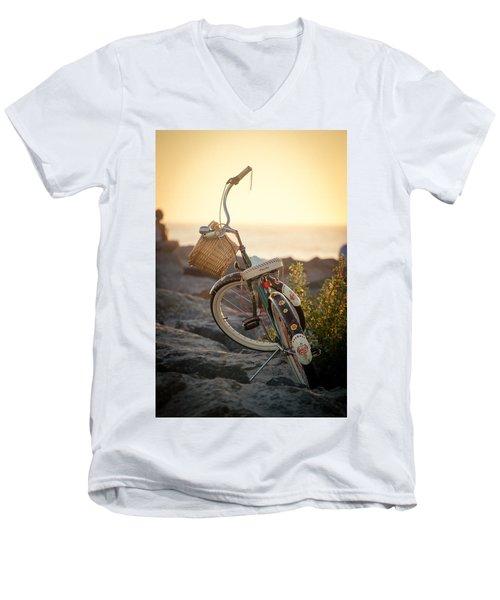 A Bike And Chi Men's V-Neck T-Shirt
