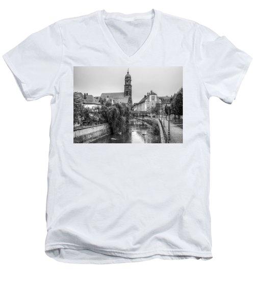 Amberg Men's V-Neck T-Shirt