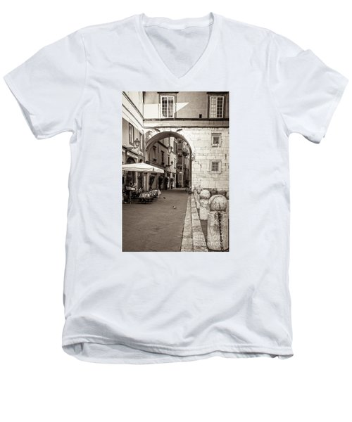 Archway Over Street Men's V-Neck T-Shirt