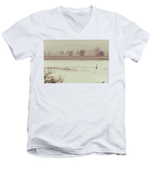 Autumnal Dreamland Iv Men's V-Neck T-Shirt