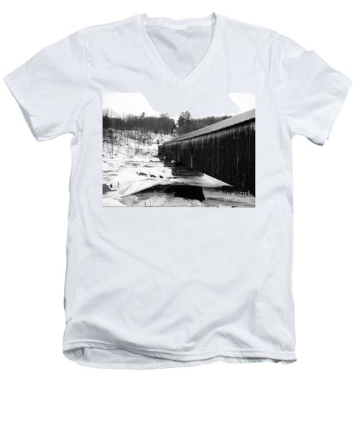 Bath Covered Bridge Men's V-Neck T-Shirt