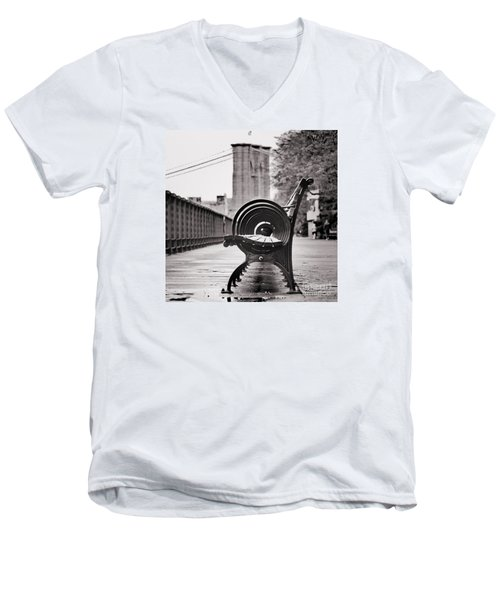 Bench's Circles And Brooklyn Bridge - Brooklyn Heights Promenade - New York City Men's V-Neck T-Shirt