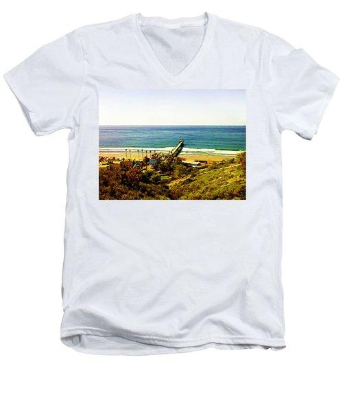 Birch Aquarium At La Jolla Men's V-Neck T-Shirt