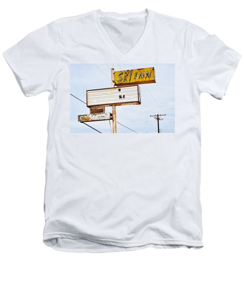 Bombay Beach Abandoned Ski Inn Men's V-Neck T-Shirt