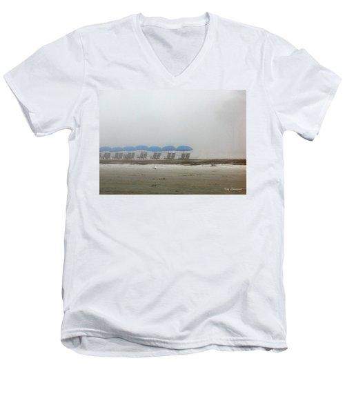 'brella Pattern Men's V-Neck T-Shirt
