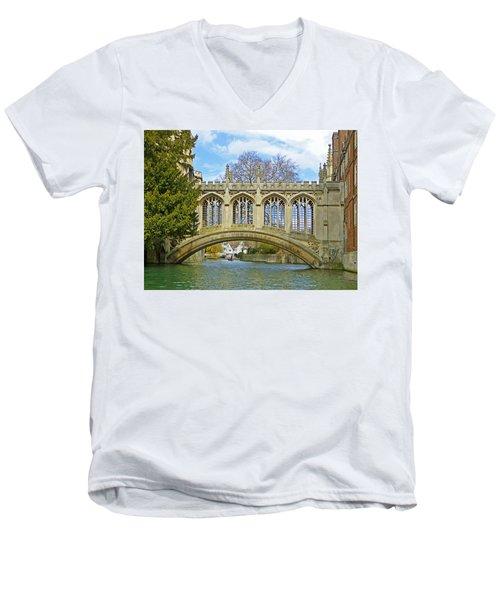Bridge Of Sighs Cambridge Men's V-Neck T-Shirt