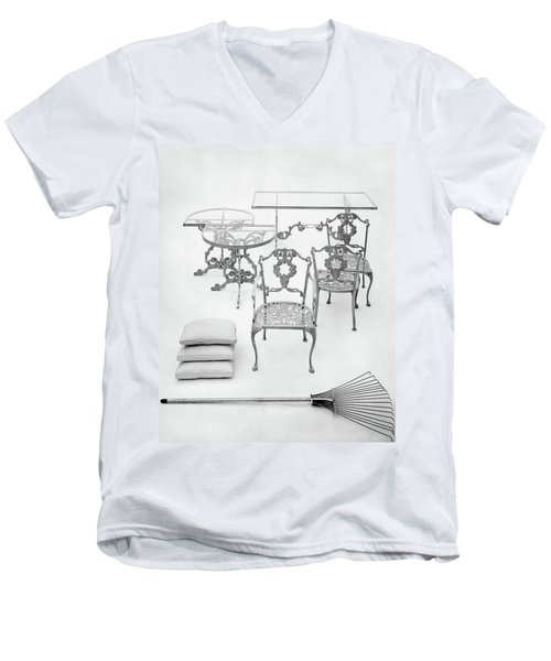 Cast Aluminum Furniture By Molla Men's V-Neck T-Shirt