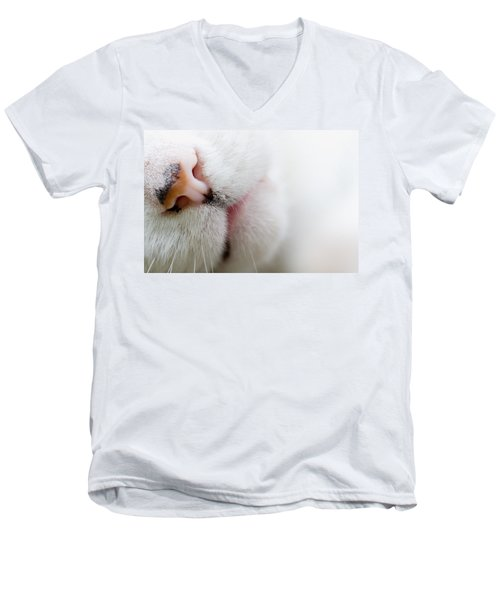 Cat Nose Men's V-Neck T-Shirt