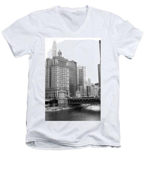 Chicago Downtown 2 Men's V-Neck T-Shirt