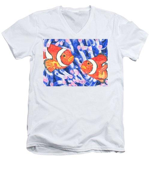 Clownfish Couple Men's V-Neck T-Shirt