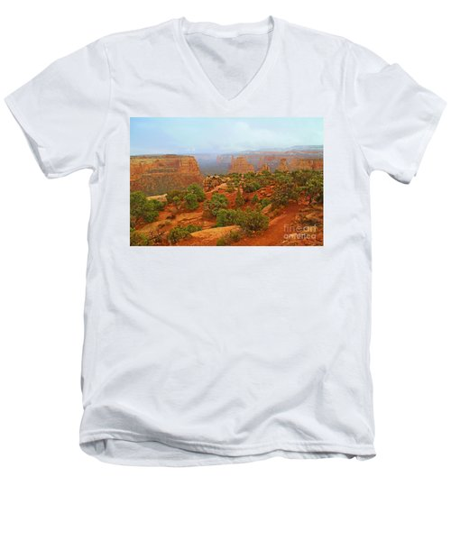 Colorado Natl Monument Snow Coming Down The Canyon Men's V-Neck T-Shirt