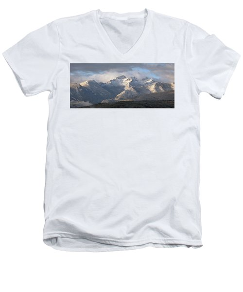 Como Peaks Montana Men's V-Neck T-Shirt