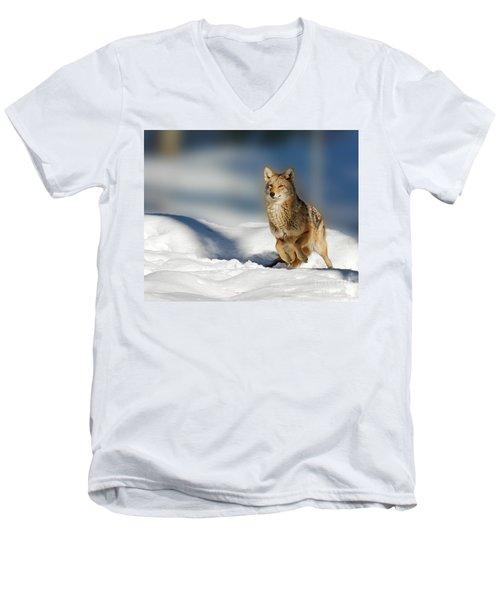 Coyote Go Go Go Men's V-Neck T-Shirt