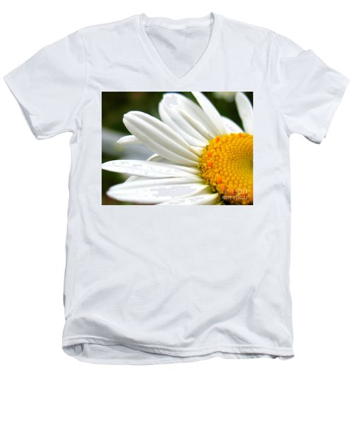 Men's V-Neck T-Shirt featuring the photograph Daisy by Patti Whitten