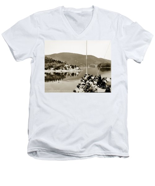 Dayliner At The Narrows In Sepia Tone Men's V-Neck T-Shirt