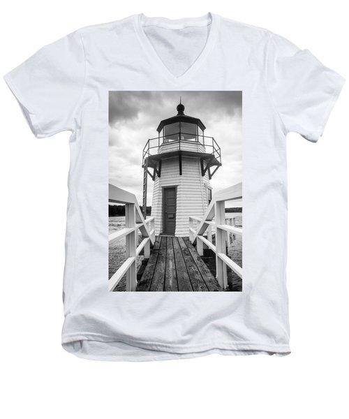 Doubling Point Light Men's V-Neck T-Shirt