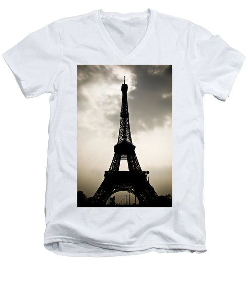 Eiffel Tower Silhouette Men's V-Neck T-Shirt