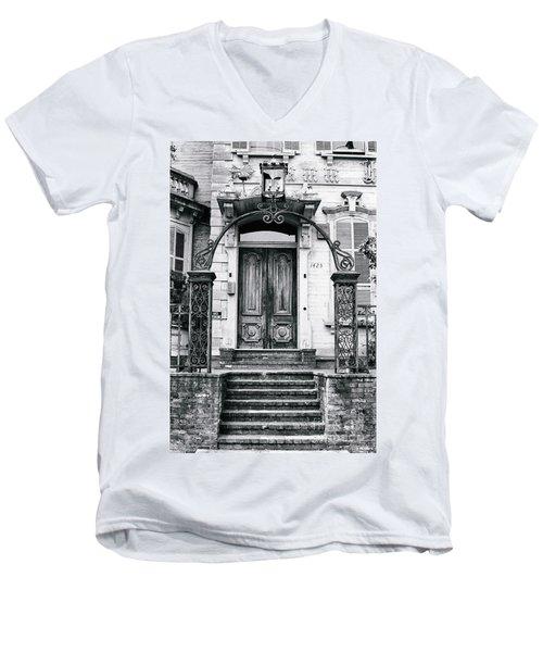 Elegance Past Men's V-Neck T-Shirt