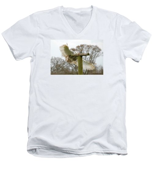 Eyes On The Prize Men's V-Neck T-Shirt