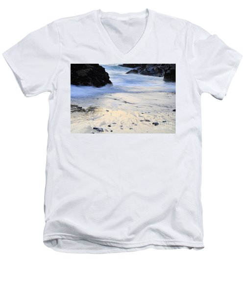 Fine Art Water Men's V-Neck T-Shirt