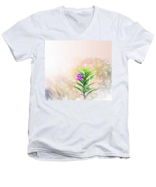 Flower In Watercolor Duvet Men's V-Neck T-Shirt