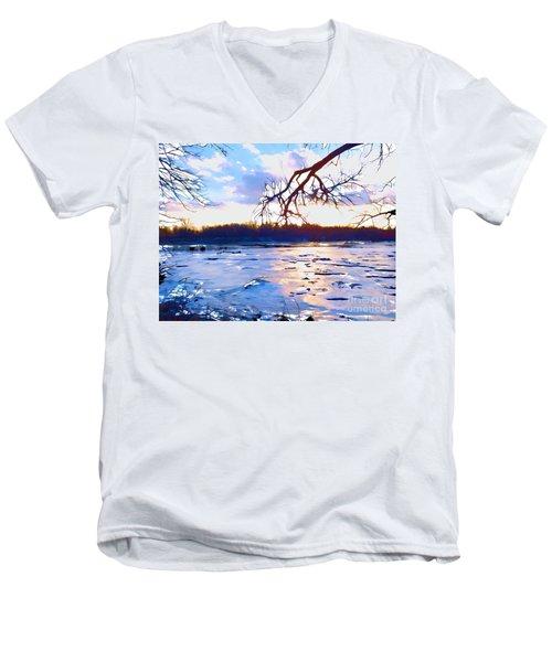 Frozen Delaware River Sunset Men's V-Neck T-Shirt