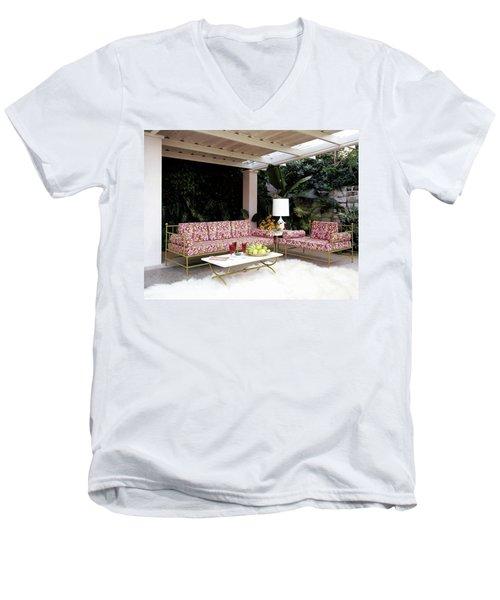 Garden-guest Room At The Chimneys Men's V-Neck T-Shirt
