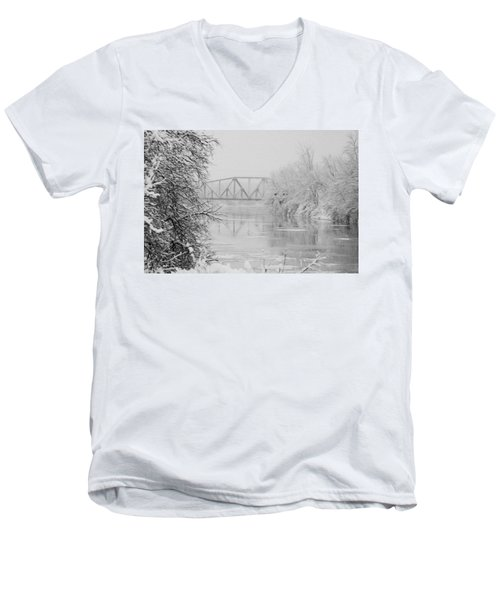 Genesee River Men's V-Neck T-Shirt