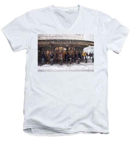 Grand Central Terminal Snow Color Men's V-Neck T-Shirt