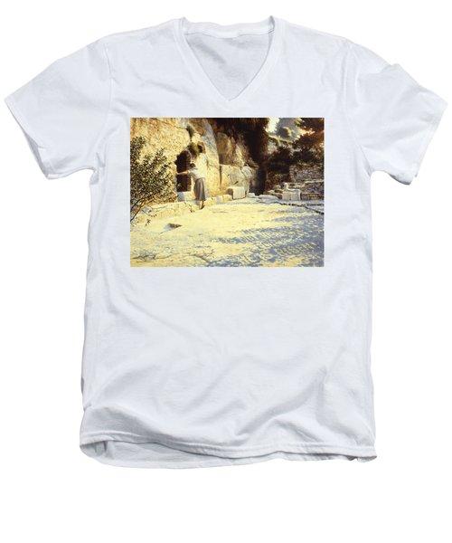 He Is Risen Men's V-Neck T-Shirt