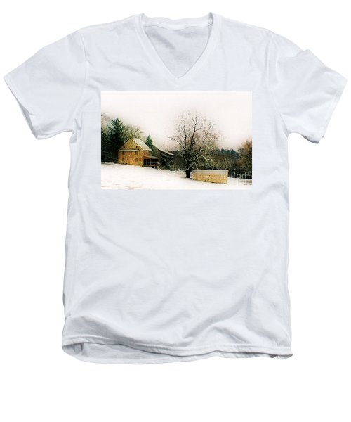 Men's V-Neck T-Shirt featuring the photograph Historic 1700's Farmhouse by Polly Peacock