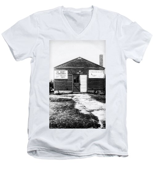 Hurricane Hunters Outbuilding In Alaska Men's V-Neck T-Shirt by Vizual Studio