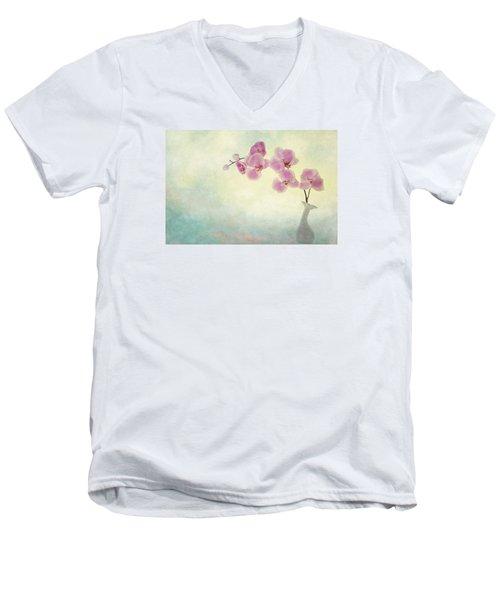 Ikebana Men's V-Neck T-Shirt