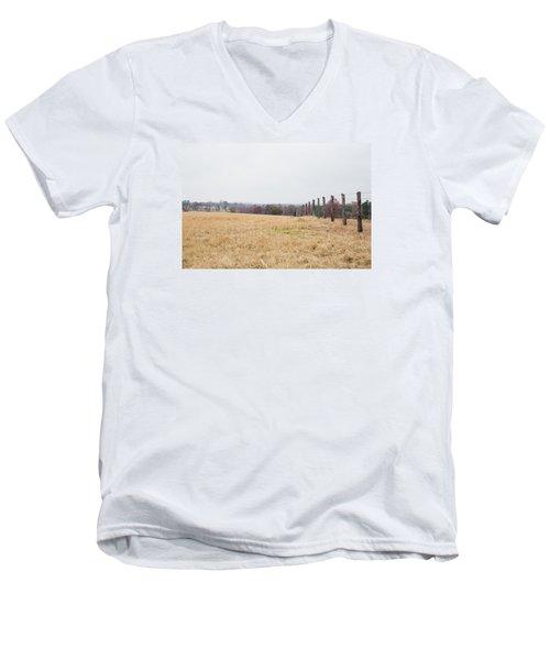 Key Hill 3 Men's V-Neck T-Shirt