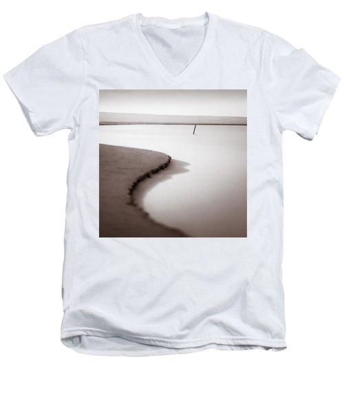 Kijkduin Beach Men's V-Neck T-Shirt
