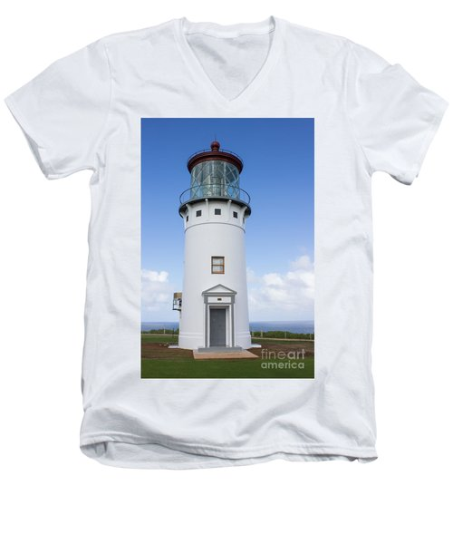 Men's V-Neck T-Shirt featuring the photograph Kilauea Lighthouse by Suzanne Luft