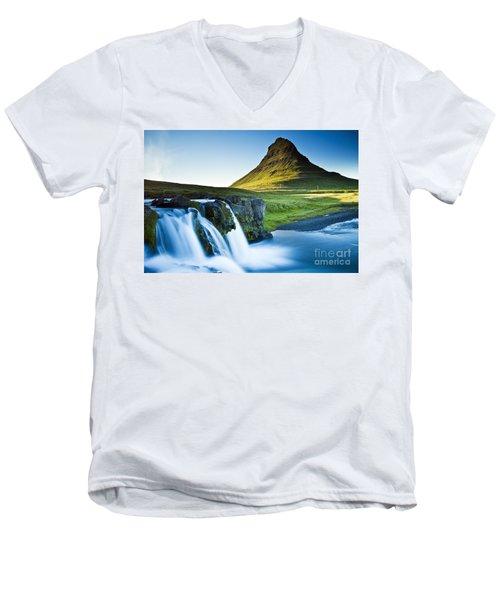 Kirkjufell Mountain Men's V-Neck T-Shirt