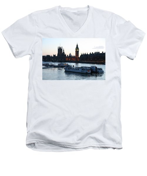 Lighting Up Time On The Thames Men's V-Neck T-Shirt