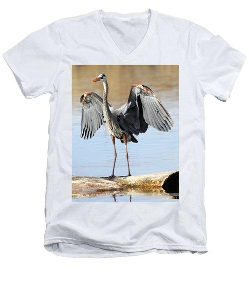 Men's V-Neck T-Shirt featuring the photograph Log Hog by Shane Bechler