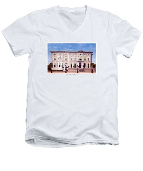 Louisville Kentucky - The Pendennis Club - 1919 Men's V-Neck T-Shirt