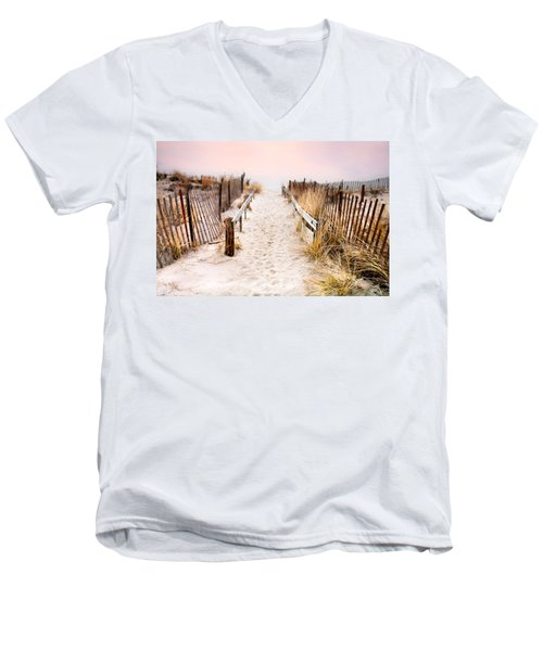 Love Is Everything - Footprints In The Sand Men's V-Neck T-Shirt