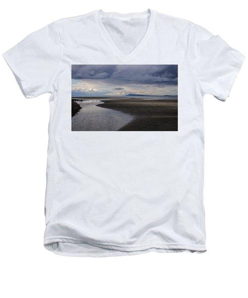 Tidal Design Men's V-Neck T-Shirt