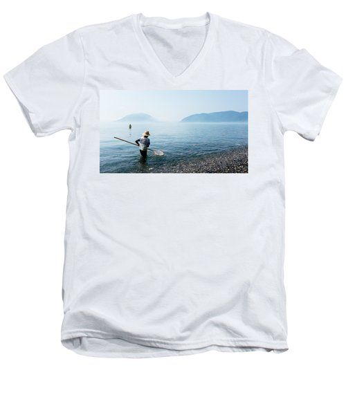 Man With A Net Men's V-Neck T-Shirt